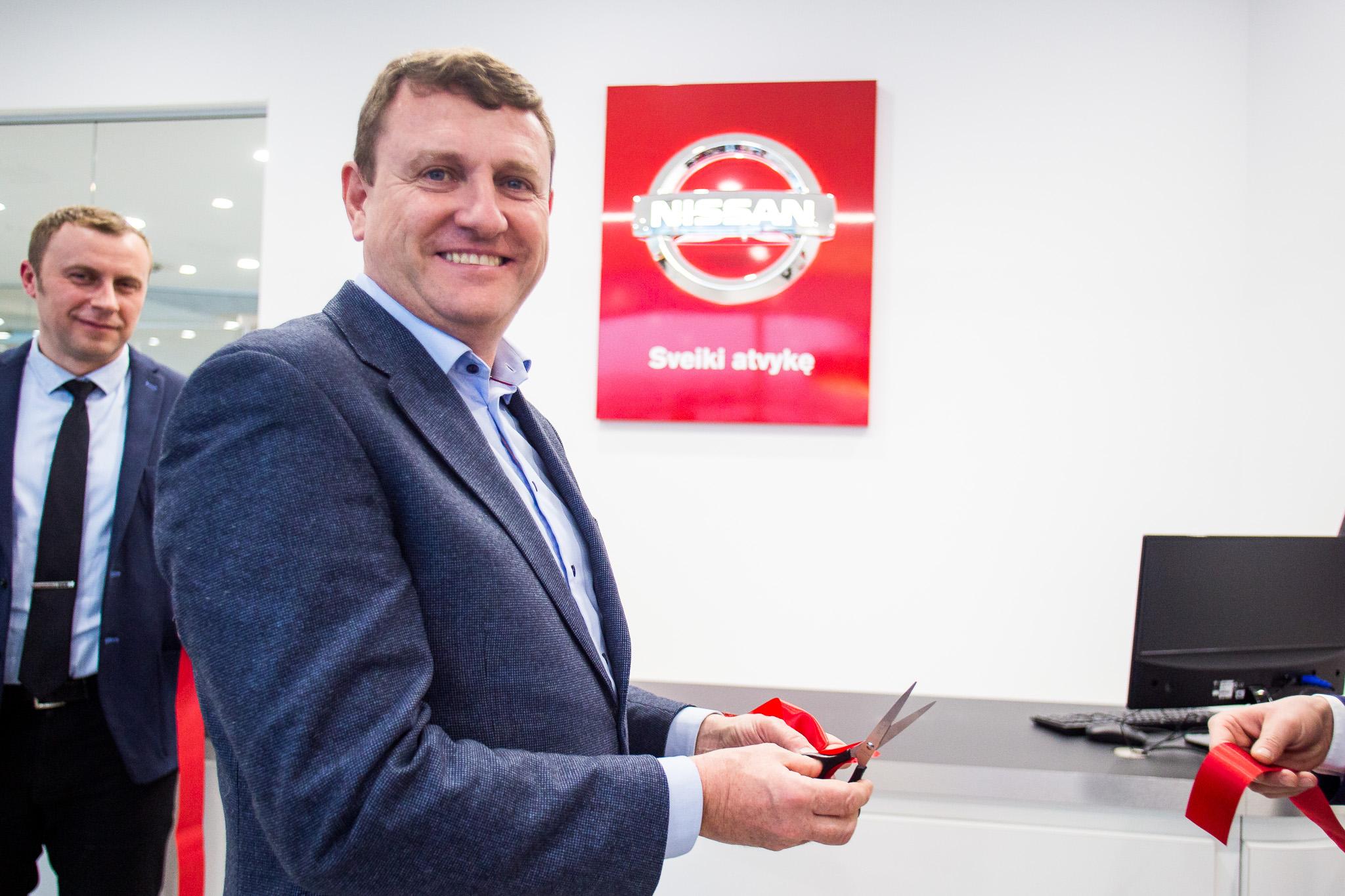 SOSTENA NISSAN automobilių techninės priežiūros centro atidarymas